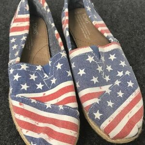 Toms American flag shoes size 8.5